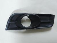 Накладка (ПТФ) противотуманной фары Круз правая JH010309004-1