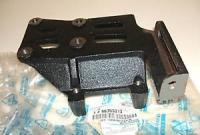 Кронштейн компрессора Ланос,Нексия(DOHC) (GM) 96353013/96180926