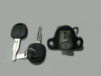 Замок крышки багажника Лачетти (GM) с ключем 96548650